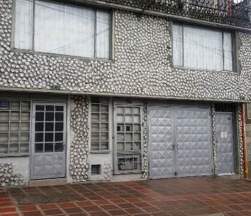 Bodega-Casa en Venta/Barrio Alcazar/Zona Chapinero